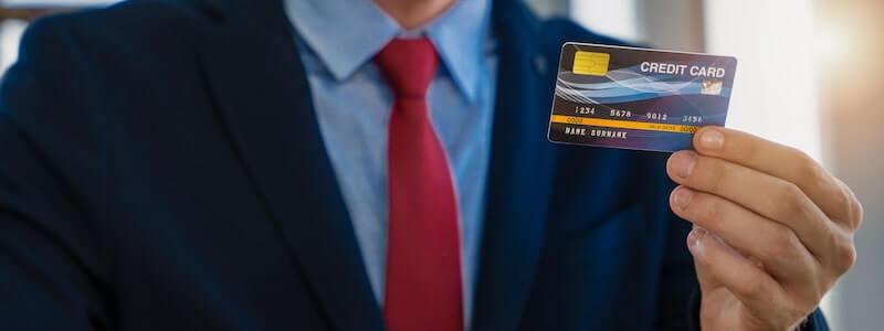 クレジットカードを持つ個人事業主